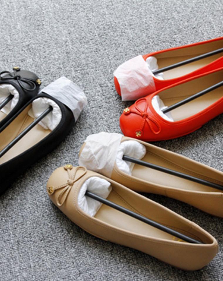 仅368元  美国Tory Burch 托里伯奇   气质百搭   优雅女神气质范儿 羊皮舒适船鞋 杏色 黑色 橘色 3色