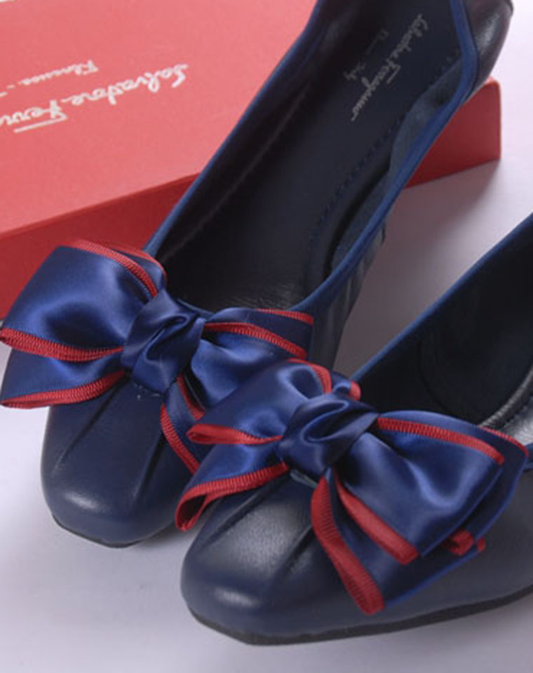 一双可以跳舞的 舒服到哭的鞋! 特殊渠道  仅198元  意大利 Ferragamo 菲拉格慕  里外胎羊皮 超舒适芭蕾鞋 平跟鞋