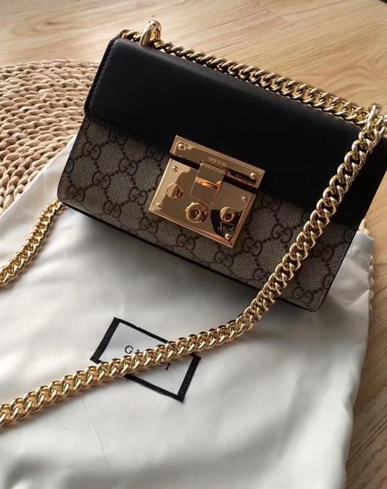 大方走专柜  仅758元  Gucci Padlock系列 女款小号肩背包官网在售款 零售价¥13,500
