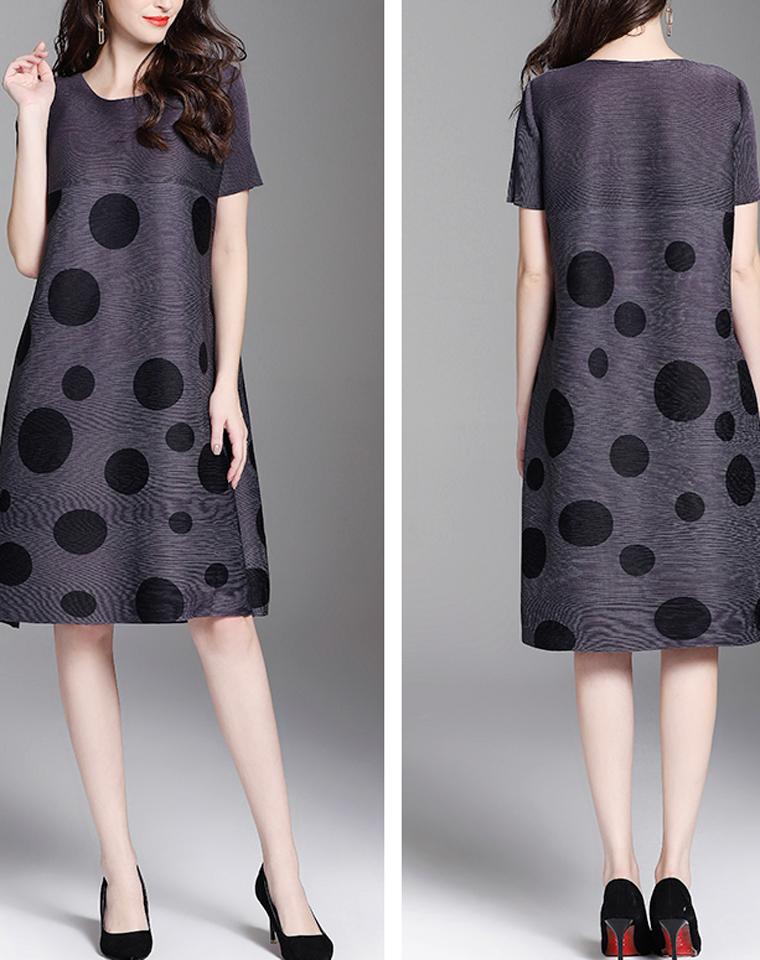 独一无二的波点  美丽一生的褶皱  仅185元   三宅一生 波点拼接 短袖连衣裙