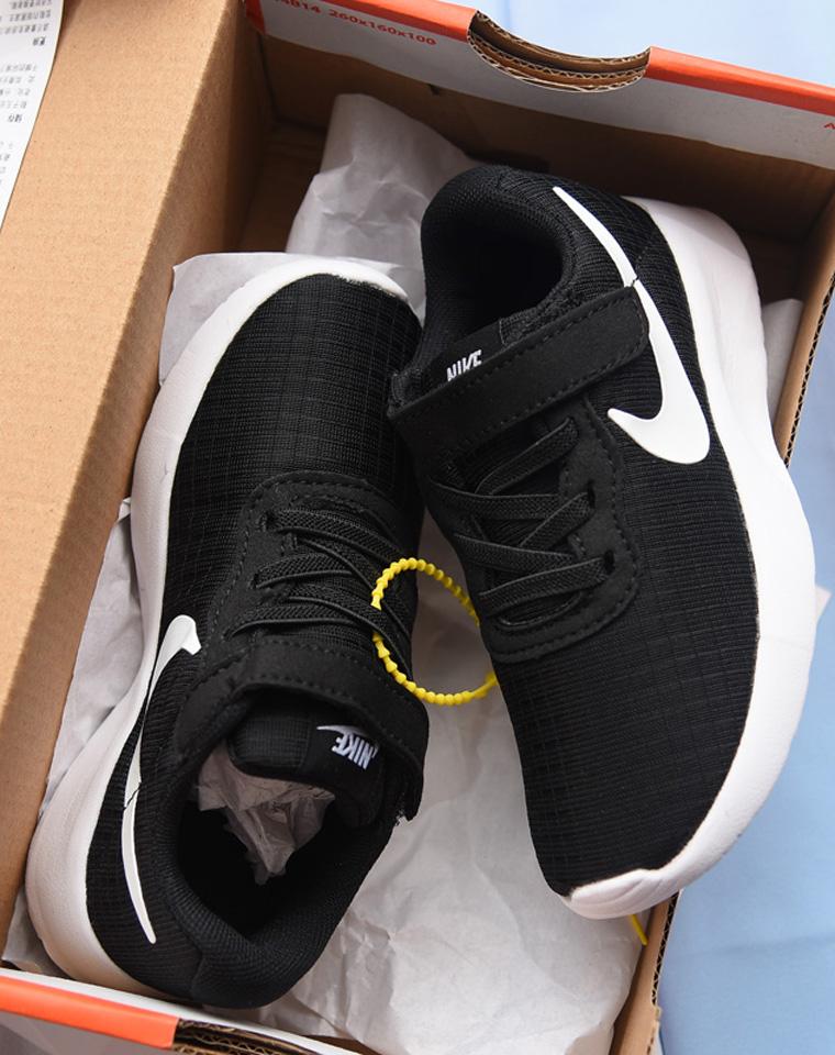 给自己孩子!!就一批!!仅68元  耐克NIKE  儿童粘扣 轻便舒适运动鞋