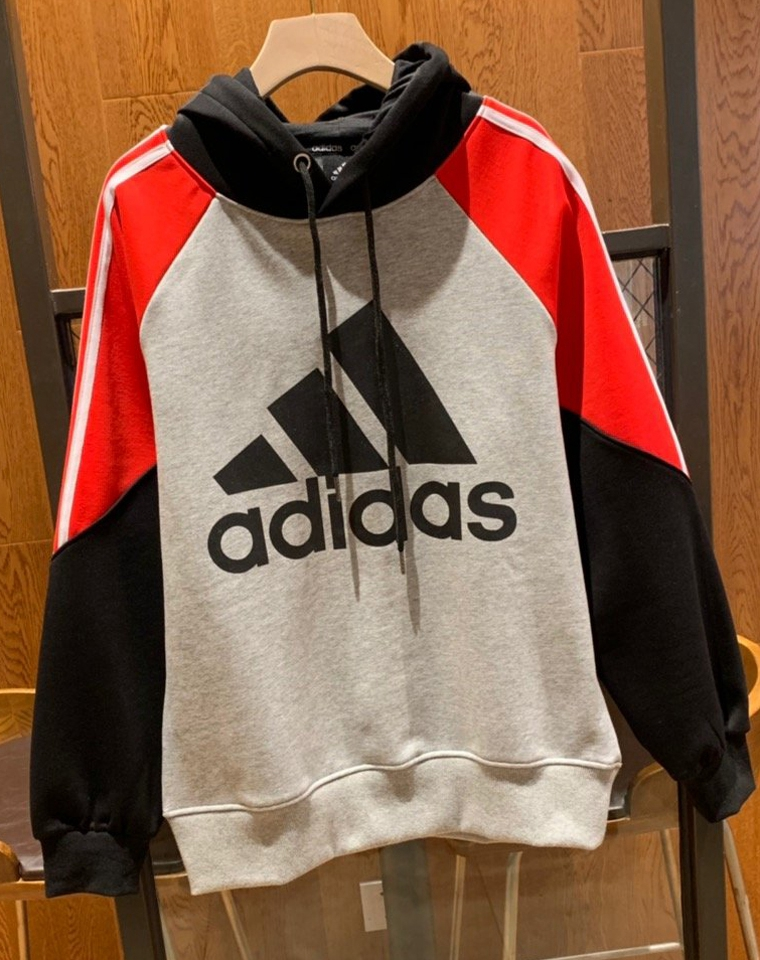 重磅好货 !!全网独家男女款   仅89.9元 Adidas纯正原单 超厚实超细腻银狐绒 拼色连帽卫衣