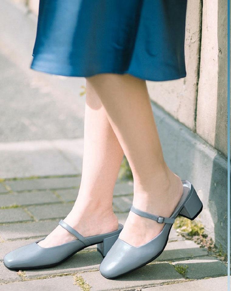 颜值太上头!!神仙穆勒  仅228元 ECCO纯正原单   2020春夏新款  牛皮浅口中跟穆勒鞋  玛丽珍单鞋