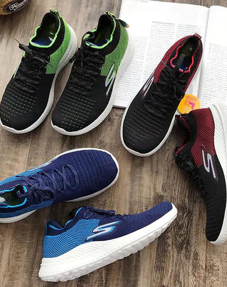 给纯爷们の福利  仅148元   Skechers 斯凯奇纯正原单   2020秋季最新   男士轻便  假系带运动鞋慢跑鞋
