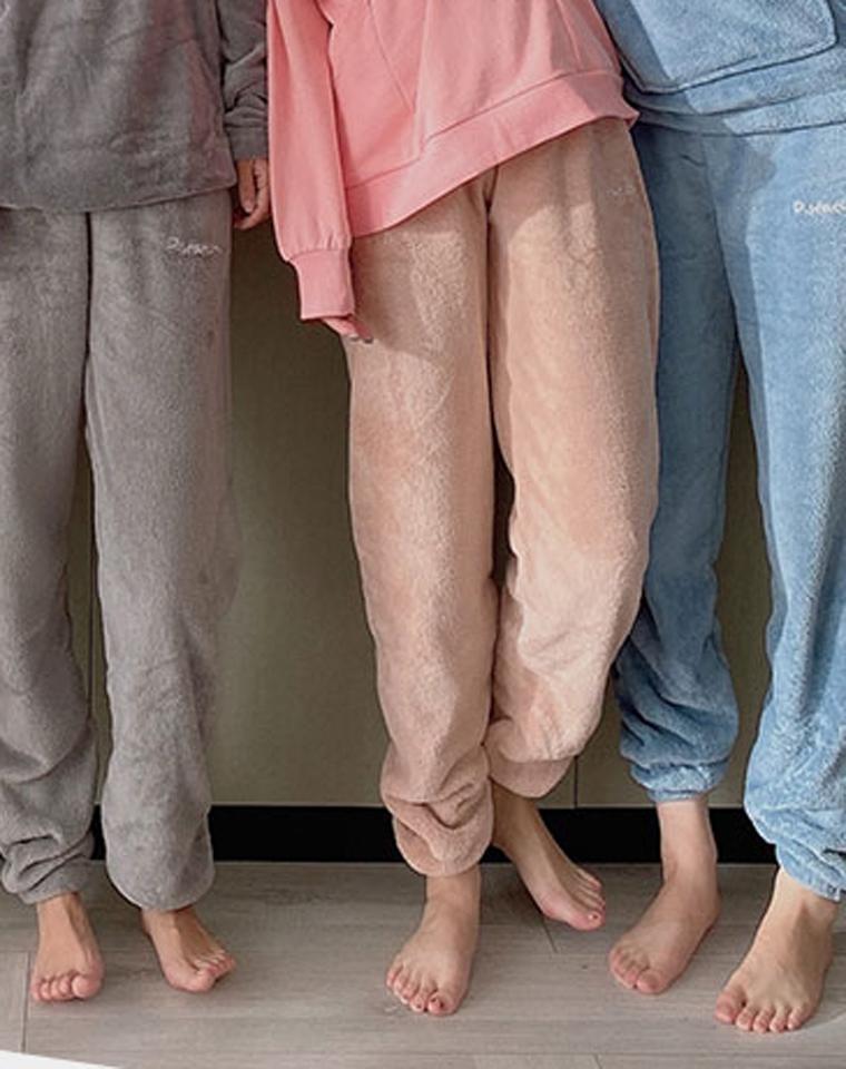 最简单的最幸福  一家四口 全都有   仅39元 法兰绒暖暖裤   男士女士法兰绒家居裤 男童女童保暖家居长裤