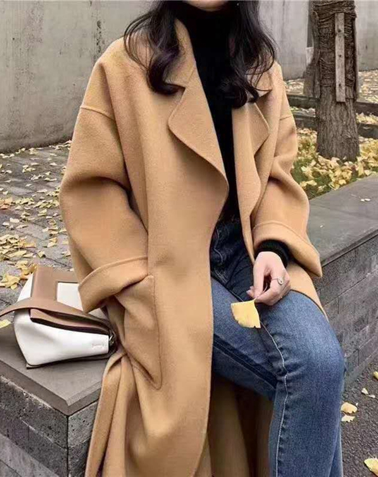 有底气稳得住  赫本风   仅385元   纯羊毛水波纹经典宽松款大衣