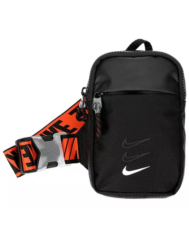 爱不释手   男女款出行利器  仅85元  Nike的胸包  森系小包 可单肩 斜挎 胸包 腰包