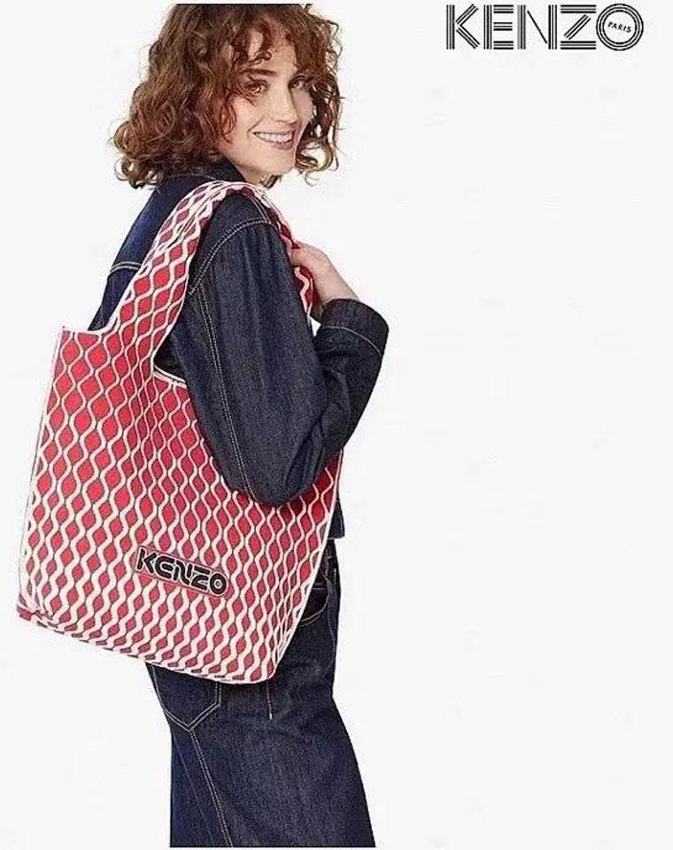 可机洗 可以背一辈子!!仅228元 Kenzo纯正原单  超好看Petit sac cabas Skuba针织提花子母包