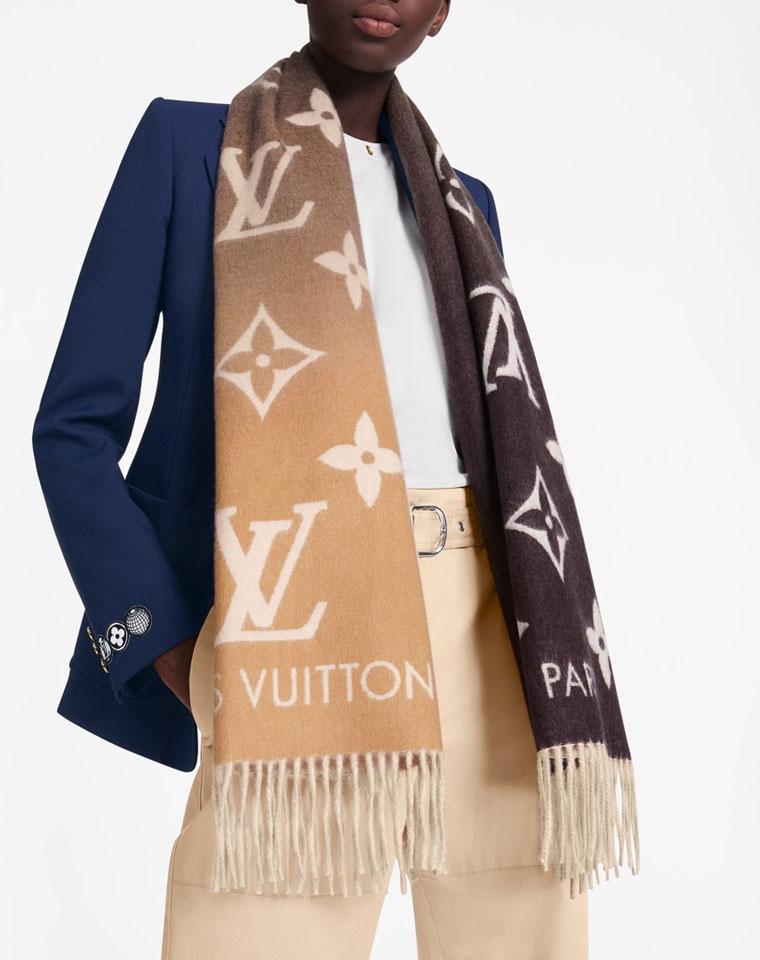渠道硬货  男女款羊绒围巾  仅288元  Louis vuitton 全羊绒 渐变色系列围巾 披肩