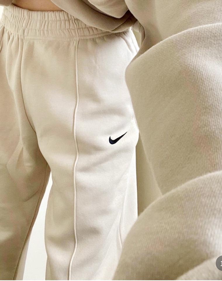 版型太优秀!  超火的中缝束脚卫裤 仅188元  春季最新小勾 中缝束脚卫裤 超好品质