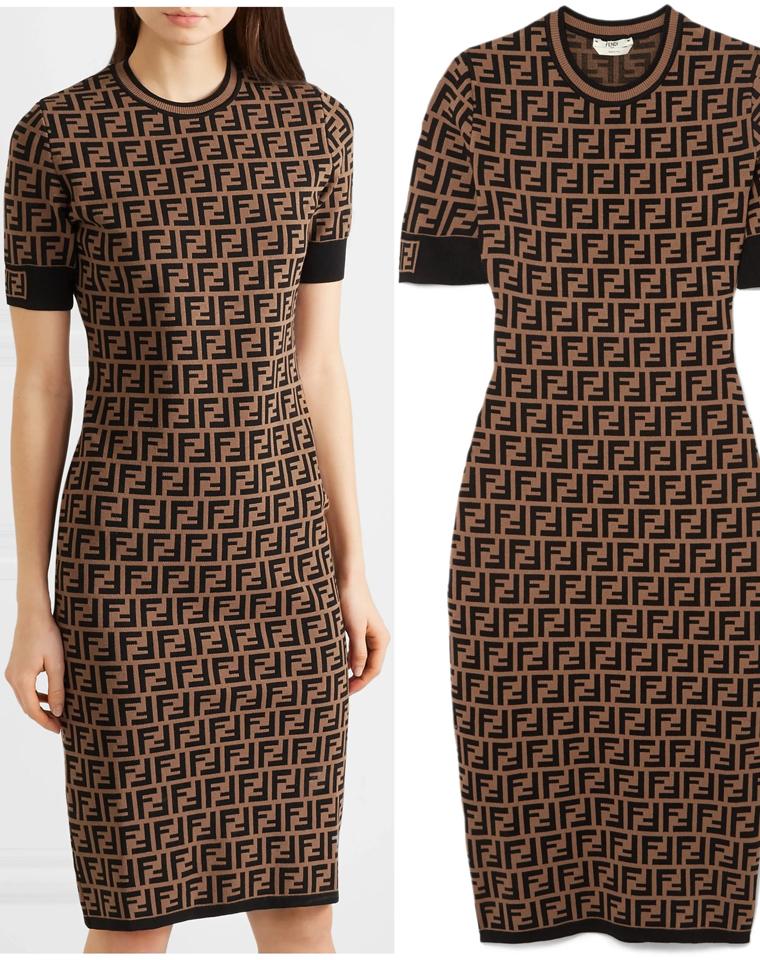 自带气场 无惧岁月  仅228元 让人一见钟情的FF老花logo针织连衣裙