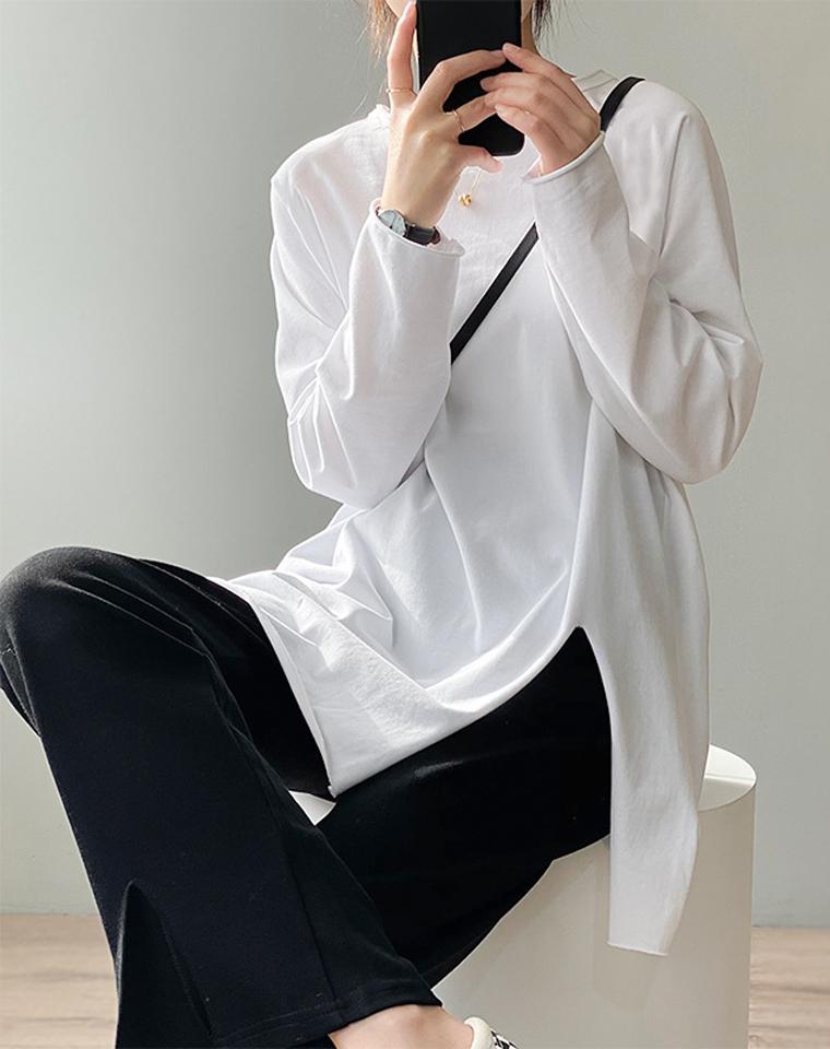 Ins超火  叠穿洋气 单穿时髦  仅49元  日本订单竹节棉长袖 下摆不对称开叉打底衫 中长款圆领纯长袖