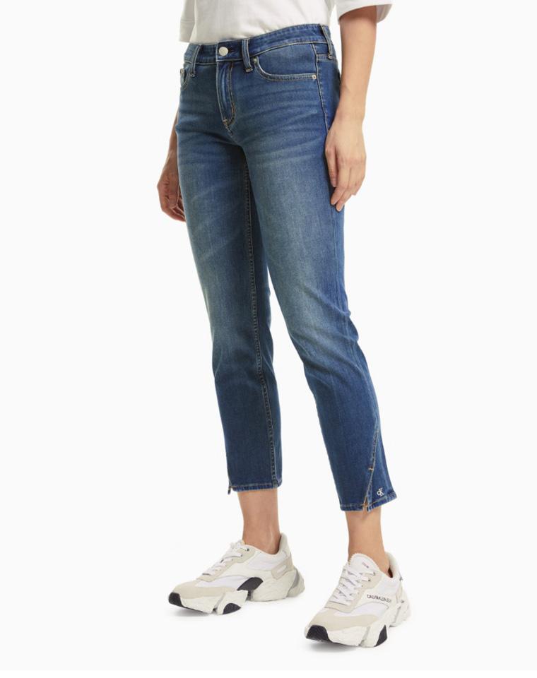 高端好货  美到发光 仅128元  美国CALVIN KLEIN JEANS纯正原单  2021秋季最新 小三角开叉 9分直筒仔裤
